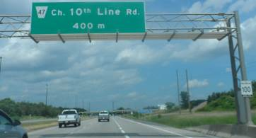 road sign ottawa-cr