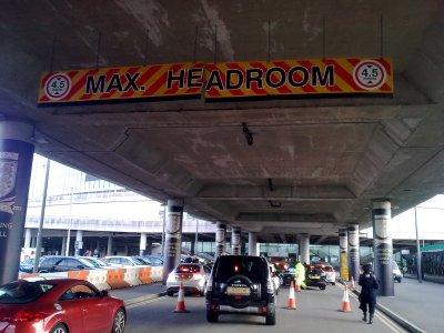 Wembley_Metres_Sign