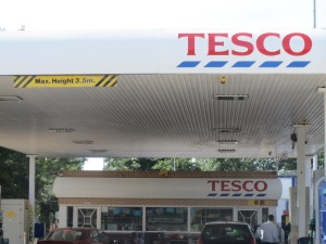 Tesco_Height_Sign